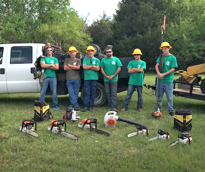 speedy tree service team photo